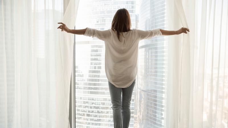 como refrescar o ambiente com cortinas