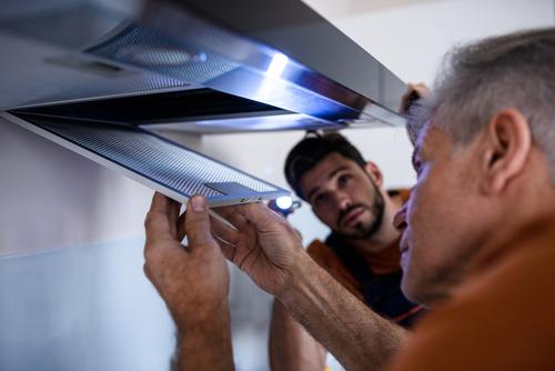 Confira dicas sobre coifa instalada na cozinha de maneira simples e rápida