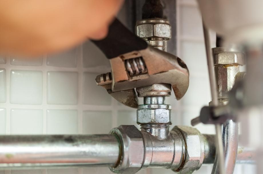 A manutenção hidráulica preventiva é tão importante quanto a corretiva, geralmente acionada quando um vazamento ou outro problema tomou proporções maiores