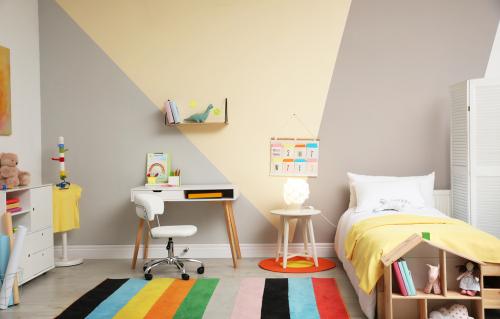 saiba como decorar quarto infantil gastando pouco